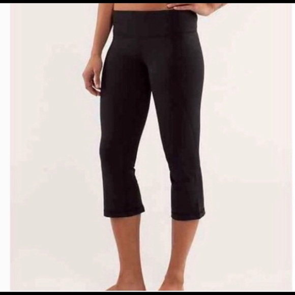 c26e351ce7 lululemon athletica Pants | Lululemon Leggings Crop Flare Size 4 ...